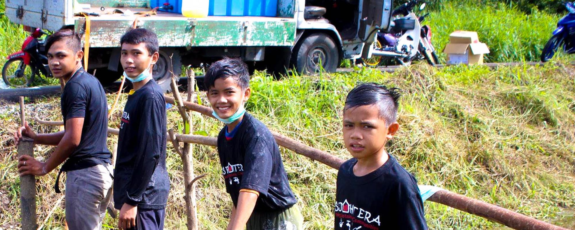 sample kids gotong royong-01
